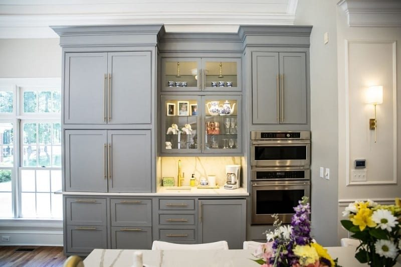 Read here are the tips you may consider when choosing a bespoke furniture supplier