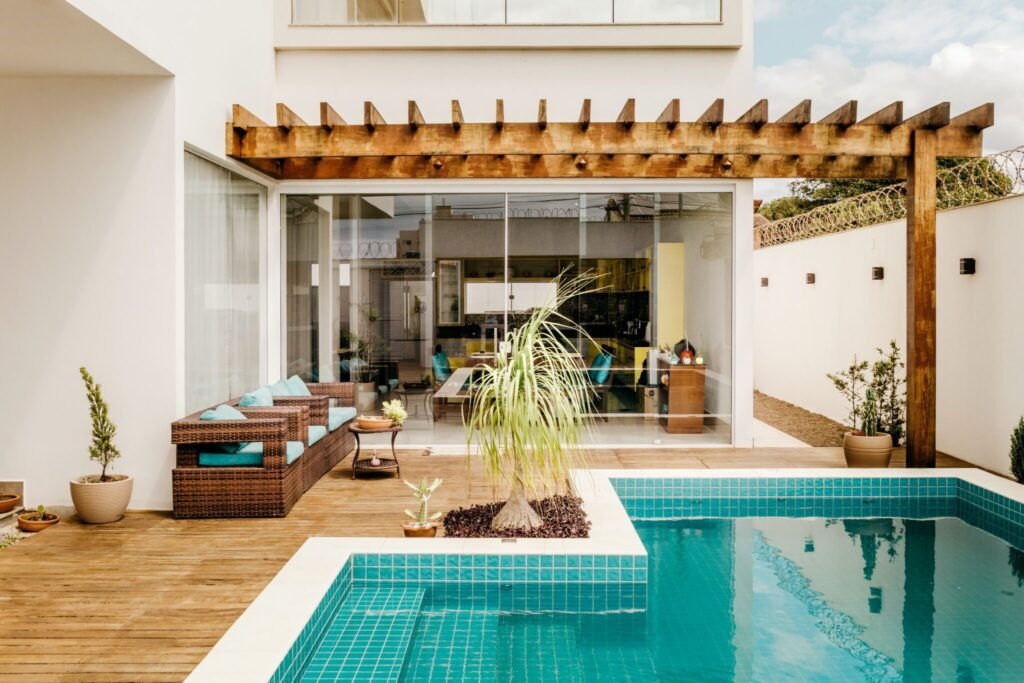 How to choose the right pool?
